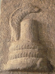 Le Linga et le serpent, madurai