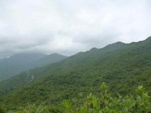 L'enfilade de colline qui forme le dos du dragon