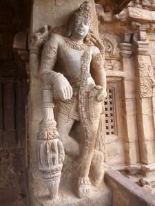 Dvarapala gardant le temple de Virupaksha a Badami